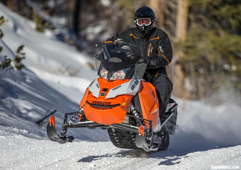 2015-Ski-Doo-Renegade-Adrenaline-ACE-900-Action-Jump.jpg
