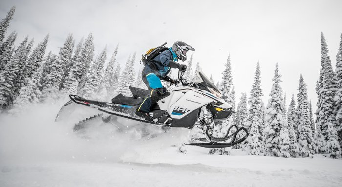 BACKCOUNTRY600R.jpg